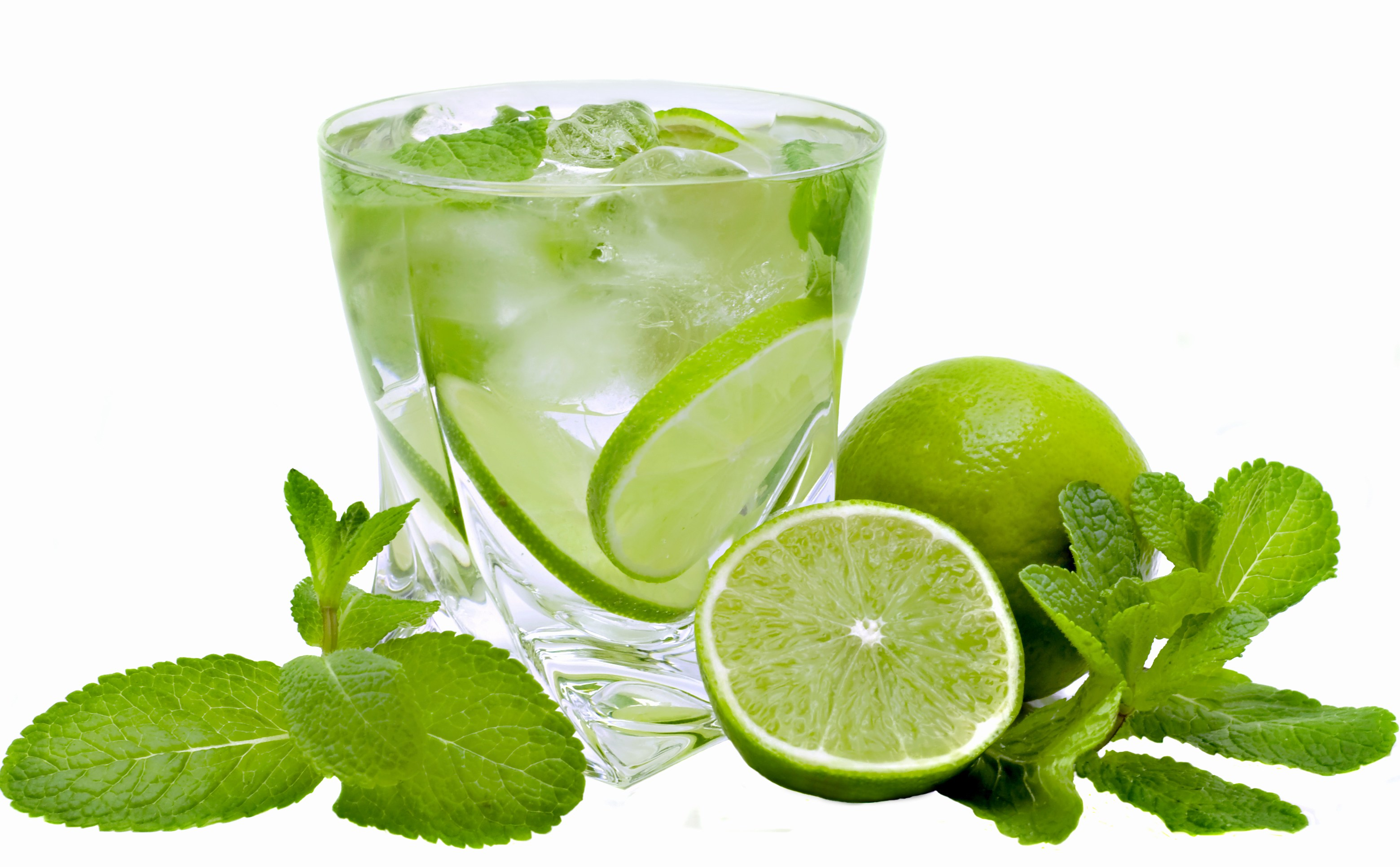 Ice Mojito Cocktail Drink With Lemons And Mint Leaves Picture Photo